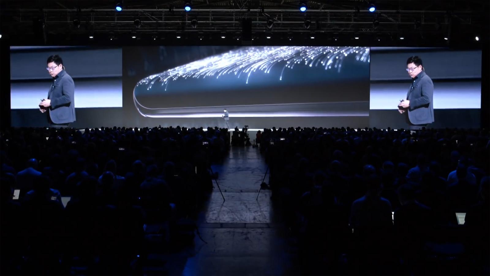At_Huawei_mate30_launch_screen_05